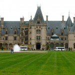 Thumbnail image for Pet Friendly Foliage Tour of the Biltmore Estate